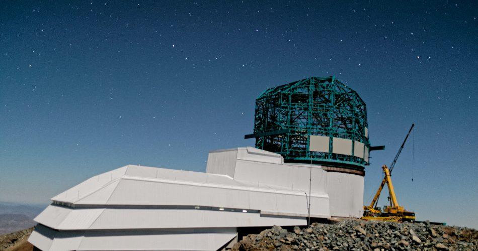 Large_Synoptic_Survey_Telescope_at_Cerro_Pachon_late_2019